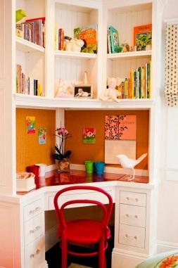 Home Office com vermelho.JPG