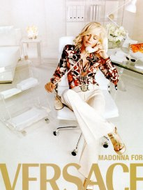 41214-madonna-versace-pv-2005