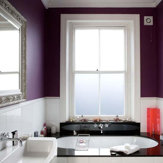 Banheiro Roxo Chique Prosperidade Decolrology.jpg