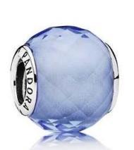 Charm Petit Facetado Azul.jpg