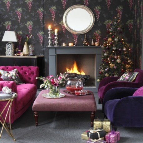 living-room--Christmas--glam--Ideal-Home.jpg
