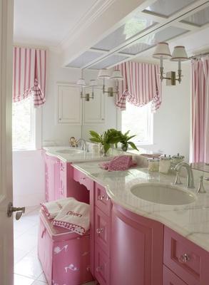 moveis-e-acessorios-rosa-e-revestimentos-clarinhos.jpg
