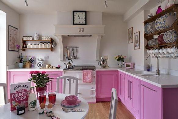 muebles-de-cocina-pintados-de-rosa.jpg