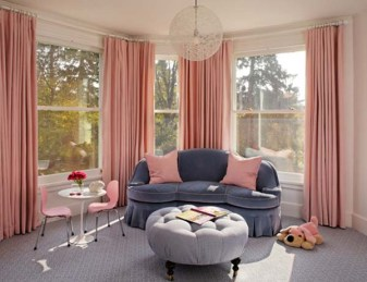 Pink-Curtain-on-Pink-Home-Decor