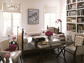 Suzy-q-better-decorating-bible-blog-Jacqui-getty-Spanish-style-home-villa-Hollywood-hills-soft-palettes-mismatching-furniture-fuchsia-zebra-print-pillow-fur-upholstered-floral-arrangements-herm-5.jpg