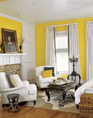 54e98fe86718b_-_black-white-furniture-in-yellow-living-room-htours0207-de.jpg