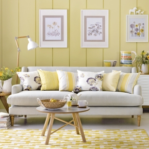 yellow-country-living-room