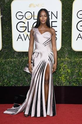 Naomi Campbell de Atelier Versace.jpg